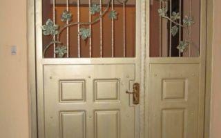 Установка тамбурной двери