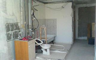Сантехкабина в панельном доме: демонтаж